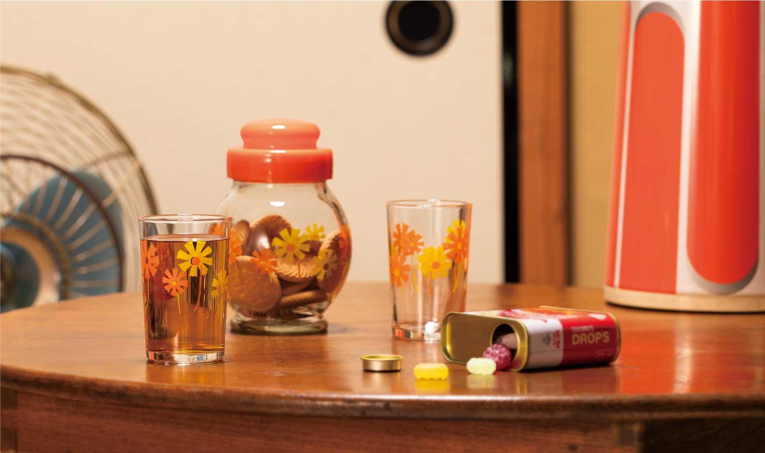 アデリアレトロ 昭和のプリントグラスの魅力を再発見